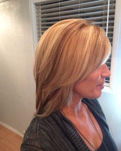 Voluminous Two-Tone Haircuts