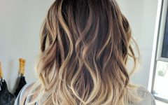 Tousled Shoulder-Length Ombre Blonde Hairstyles