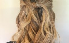 Mid-Length Beach Waves Hairstyles